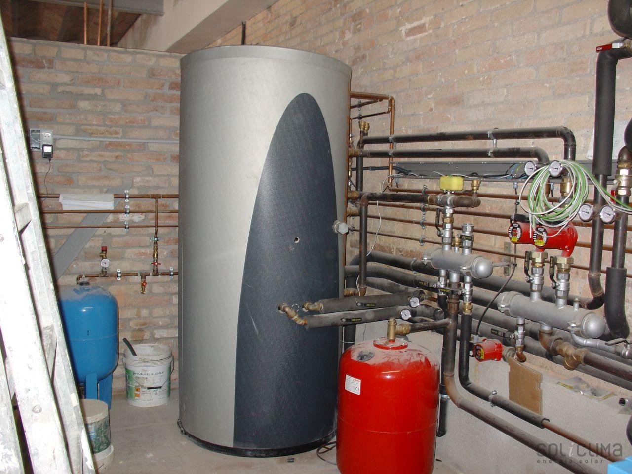 Instalacion destacada ahorro de energia - Caldera pellets agua y calefaccion ...