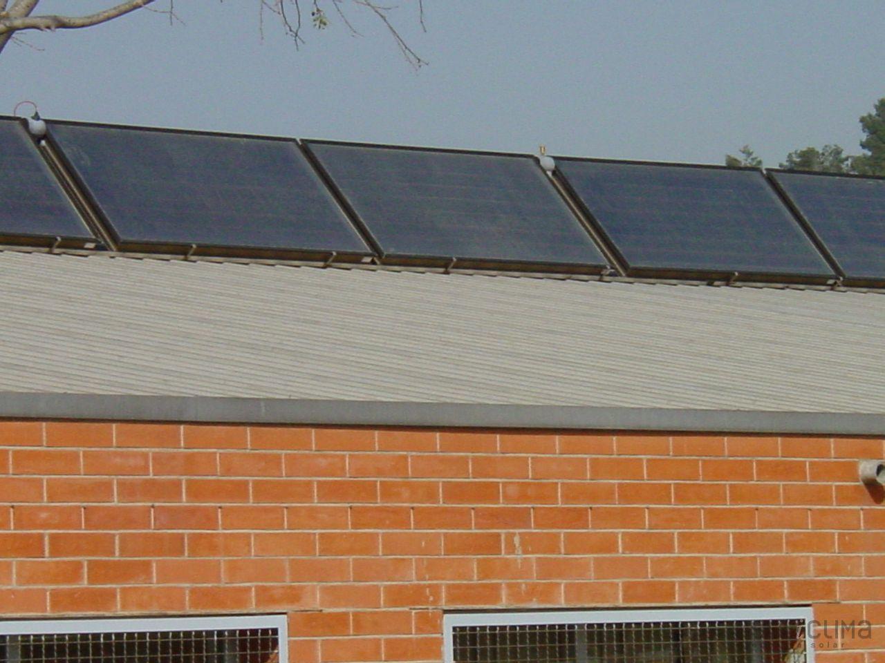 Energia solar en escuela for Placas solares barcelona