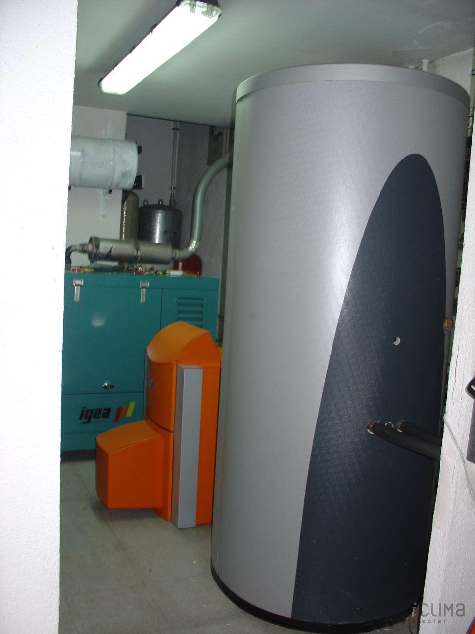 Casa en constructor suelo radiante navarra de agua for Suelo radiante agua