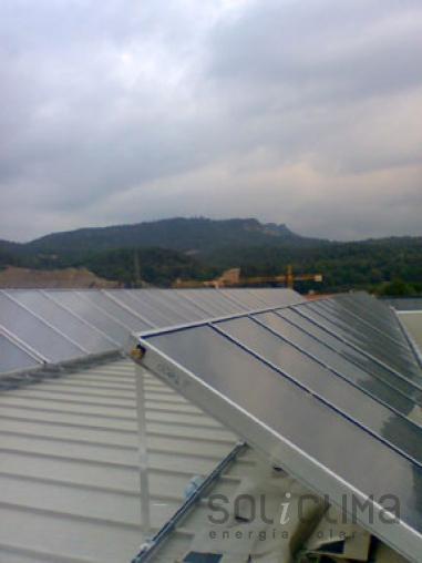 eficiencia energetica mediante energia solar en osona