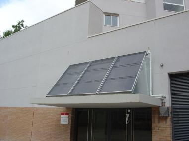 Paneles solares blindadas